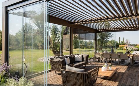 7 ways to use your pergola or pergotenda