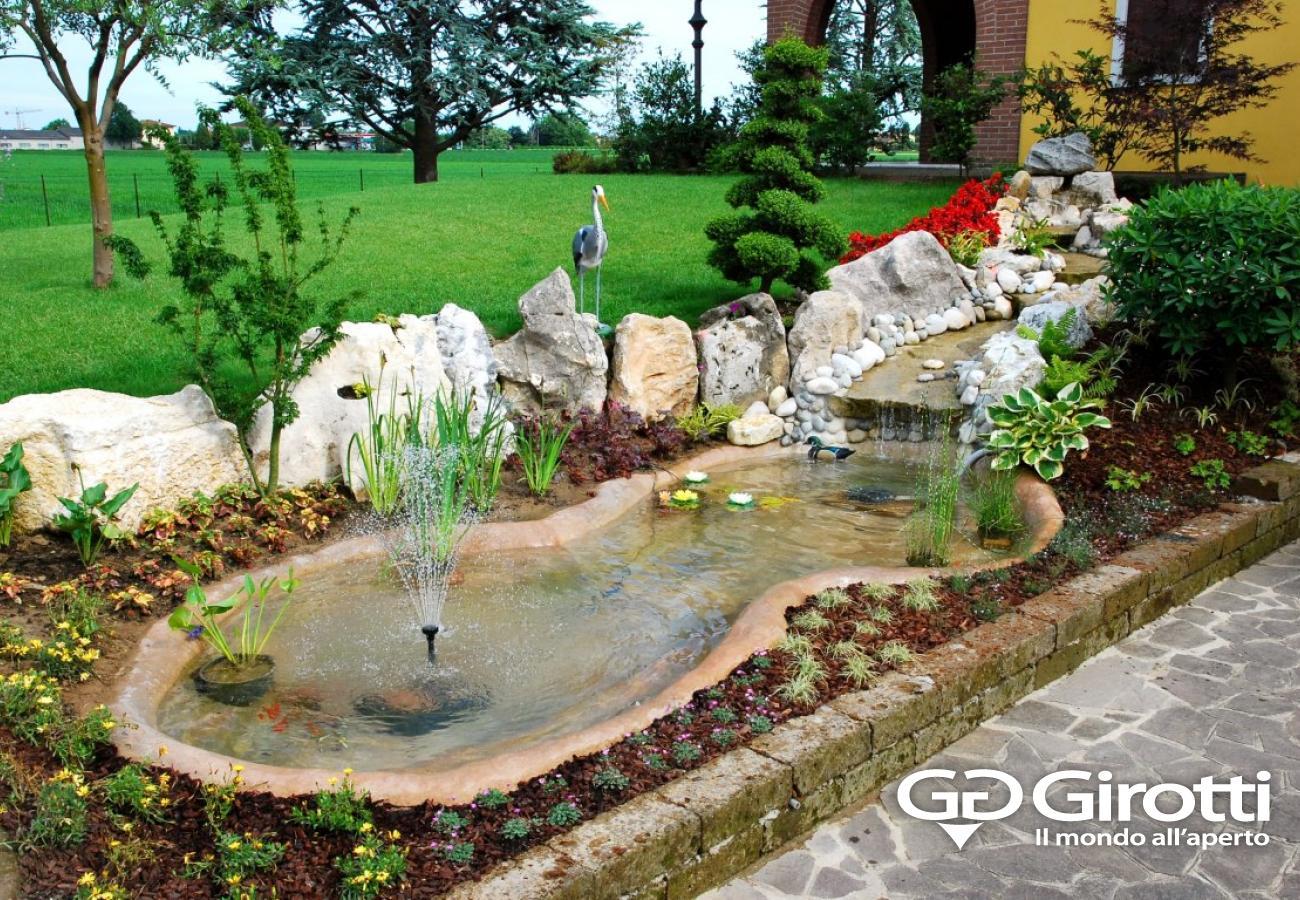 Laghetti e fontane da giardino girotti il mondo all 39 aperto for Vasca per giardino
