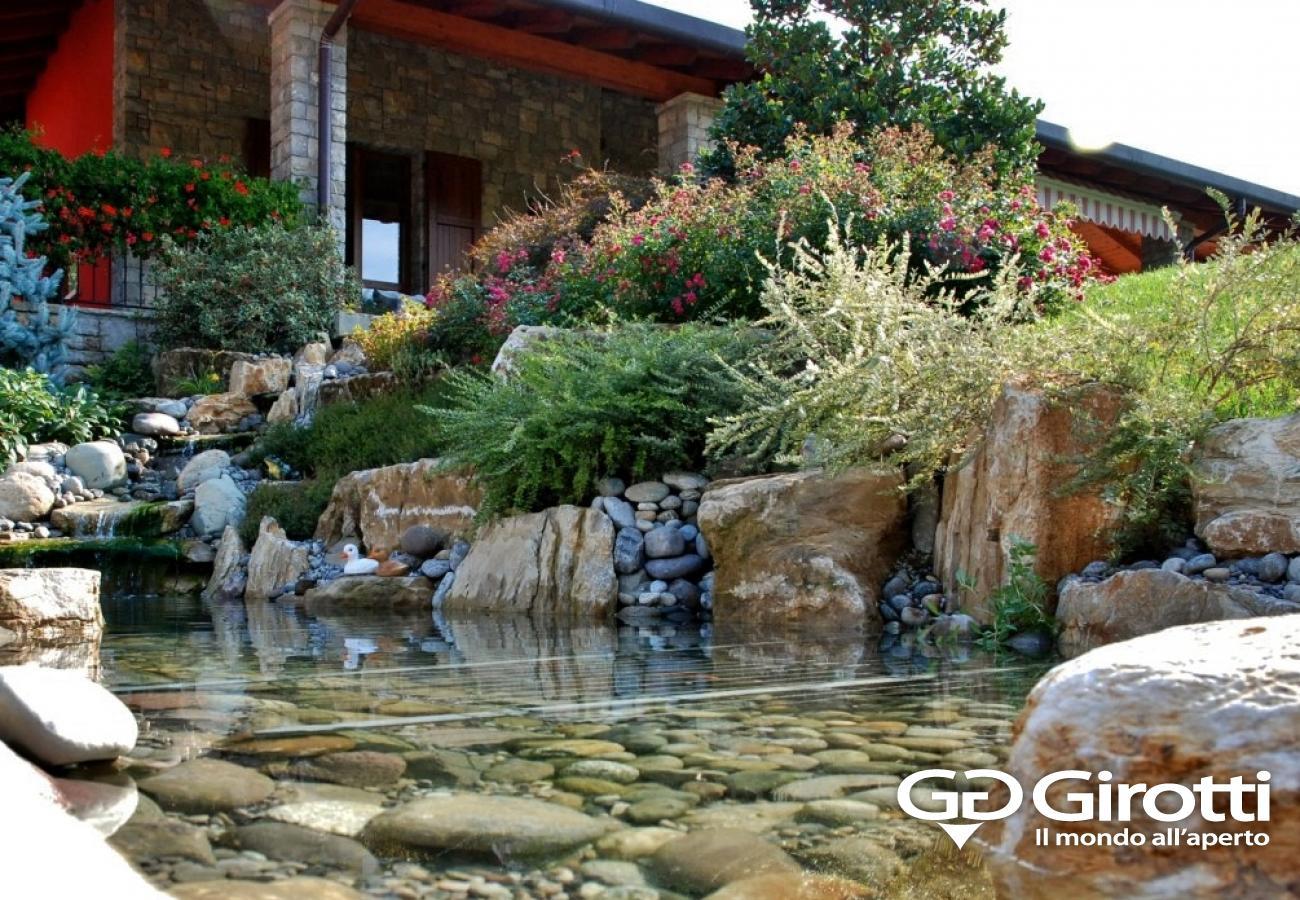 Laghetti e fontane da giardino girotti il mondo all 39 aperto for Laghetto artificiale fai da te